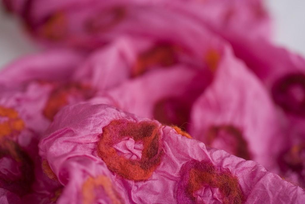 Pink silke